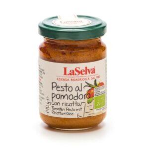 Tomato pesto with ricotta